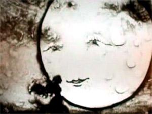 Immagine da video Figlio della luna (www.youtube.it)